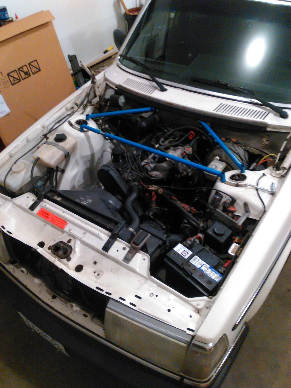 Diesel Daily: Volvo 245 Mitsubishi turbodiesel swap