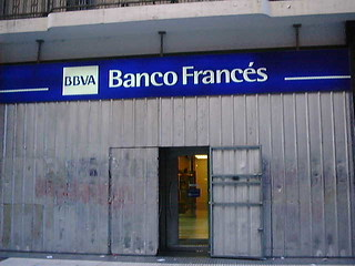 Buenos Aires bank 2002