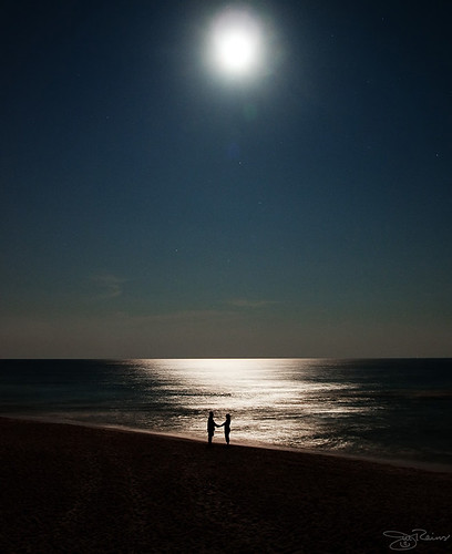 vacation love beach night john florida jill olympus scene fullmoon explore e3 destin zd 1454mm lovethestars madeitto185