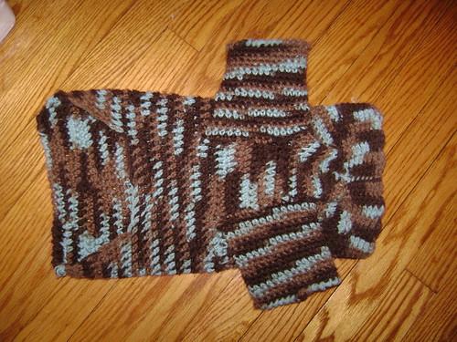 Iggy's Crochet Dog Sweater   by DIY Sara