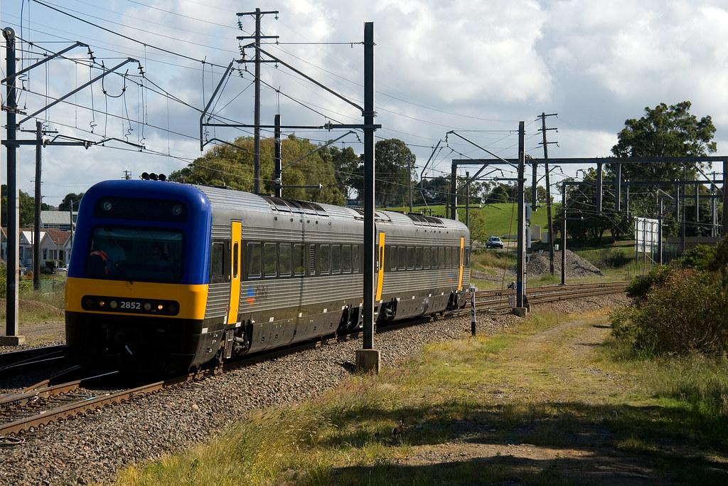 Endeavour Set E2 at Adamstown by Trent