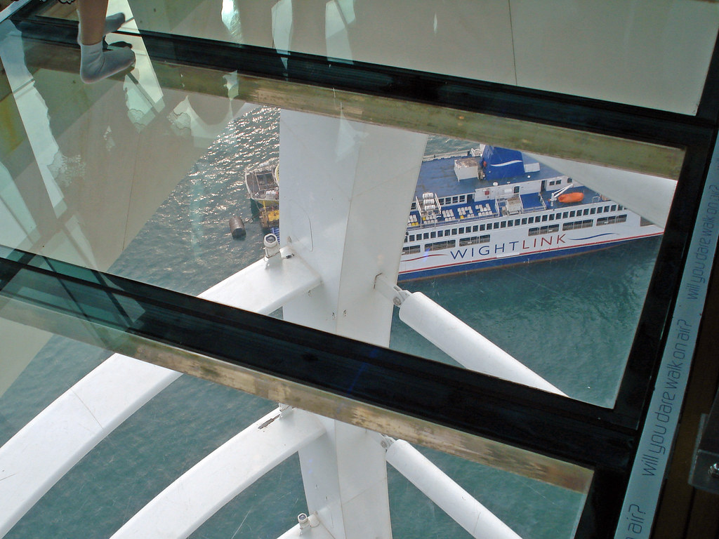 Spinnaker Tower Glass Floor Take Off Your Shoes And You Flickr