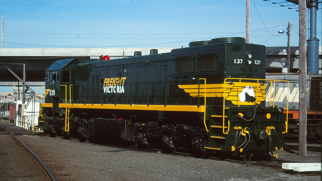 4098 - Dynon by michaelgreenhill