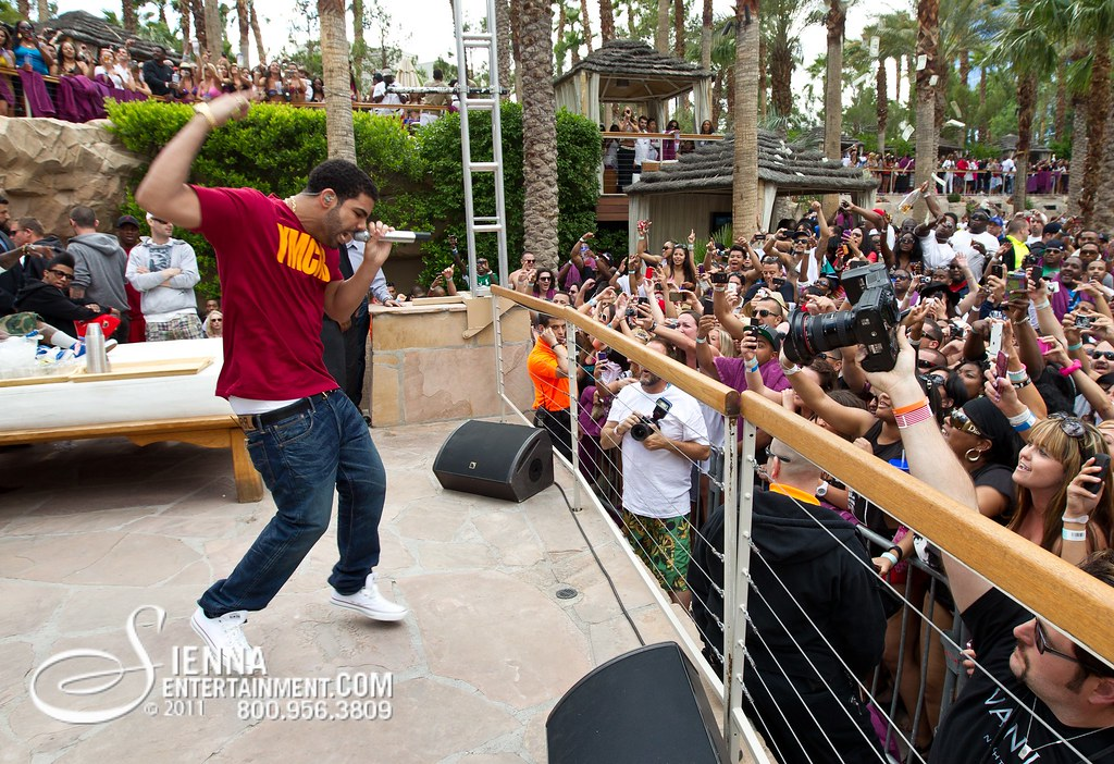 Drake At Rehab Pool Party Hard Rock Hotel Las Vegas Flickr