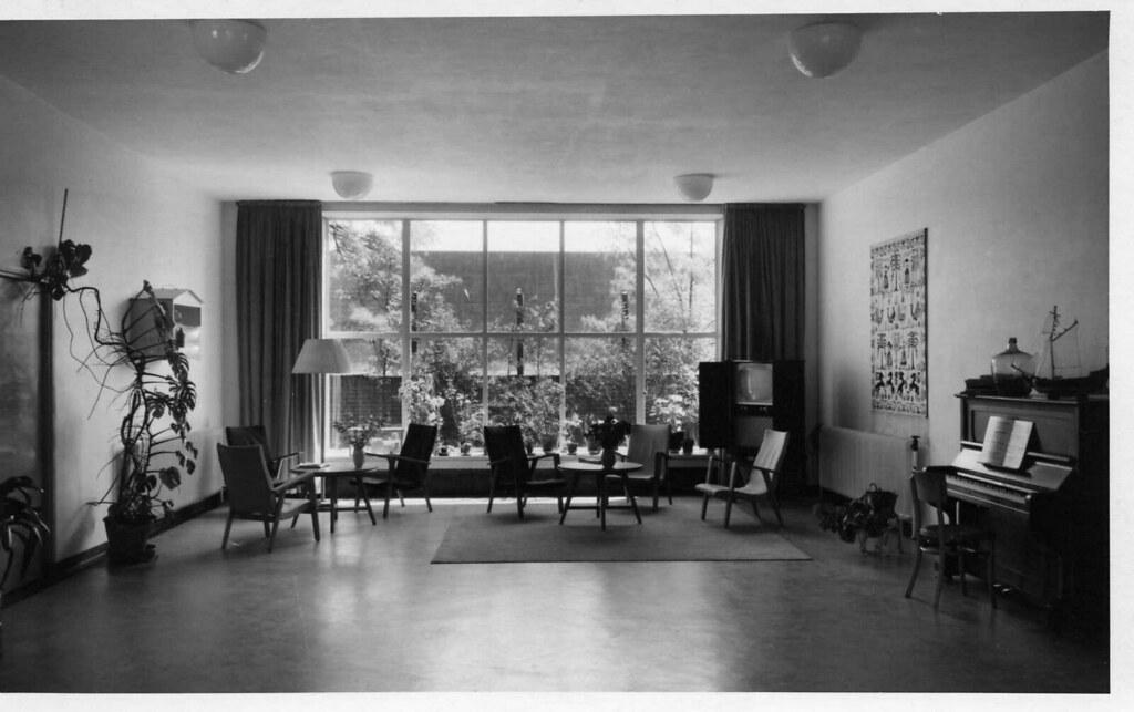bdaf1088e6d ... gelegen interieur van 'de Stevin' (toenmalige dependance van het  voormalig ziekenhuis Zuidwal , gelegen