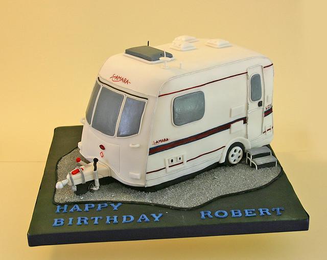 Birthday Cake (096) - Caravan