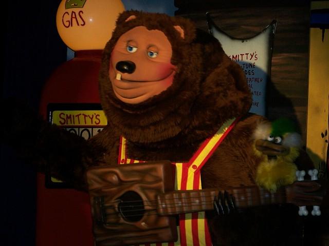 Billy Bob Bear At Showbiz Pizza Zone Ambimoss Flickr
