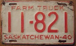 SASKATCHEWAN 1940 FARM TRUCK plate