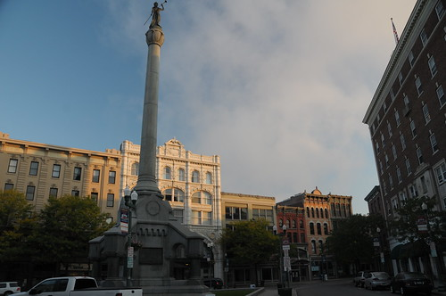 morning dawn troy upstatenewyork gps monumentsquare troynewyork capitaldistrict rensselaercounty