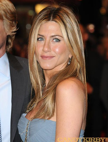 2589c8057733 Jennifer Aniston in a Light Blue Dress at the UK Premiere of
