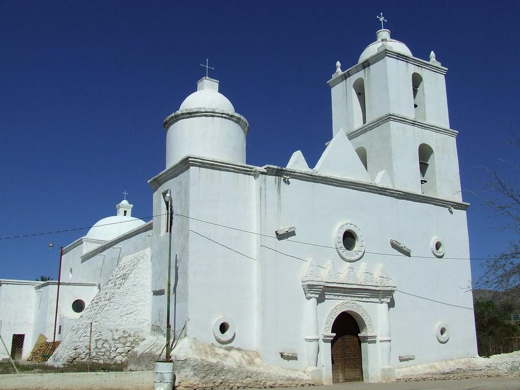 Templo de San Ignacio de Caborica en la Ruta de las Misiones en Sonora.
