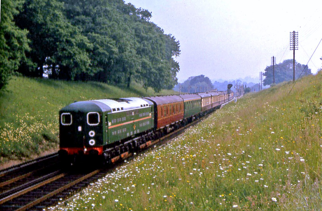20001 passing through Wivelsfield with the 0825 Victoria to Newhaven Harbour 31 May 1965