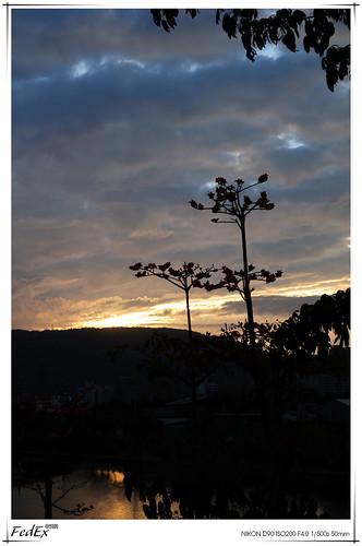 sunset bluesky loveriver 愛河之心