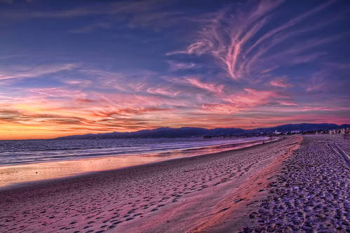 sunset sky beach clouds photoshop canon pacific 28mm sunsets pacificocean colored canon5d hdr highdynamicrange hdri marinadelrey lightroom photomatix flickrsbest handheldhdr 6exposures mywinners hdraddicted hdraward thebestofhdr hdrterrorist pacificoceansky