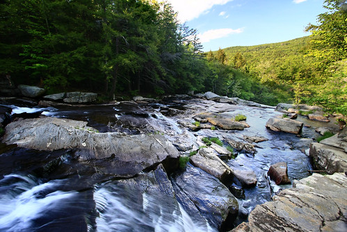 massachusetts middlefield mountainstream glendalefalls