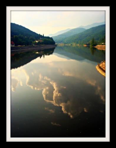 mountains reflection clouds river romania carpathians olt calimanesti