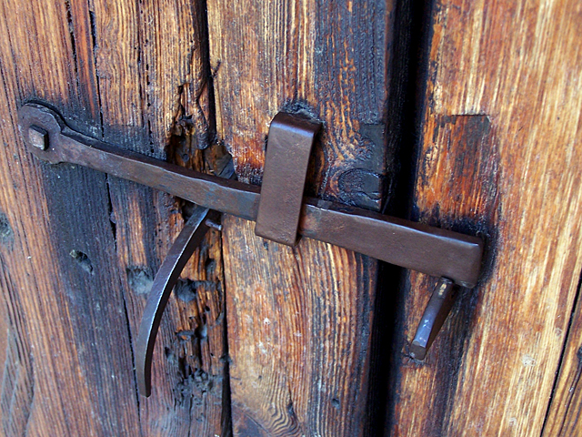 old door latch