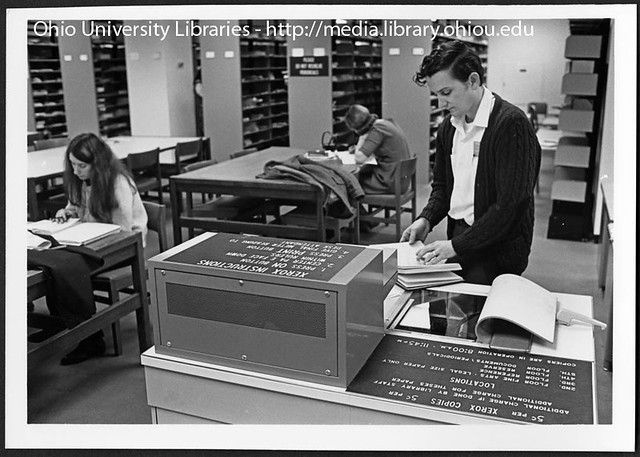 Student using Xerox machine in Ohio University's Alden Lib… | Flickr