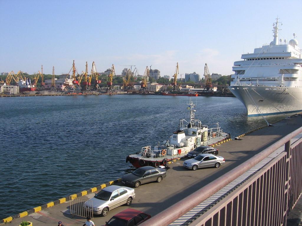 Rusija poslala oštro upozorenje SAD-u: 'Ne šaljite ratne brodove blizu Krima - za vaše dobro' - Page 2 3525382009_ef9ba25372_b