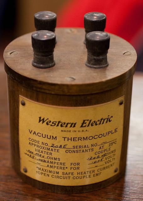 Vacuum Thermocouple