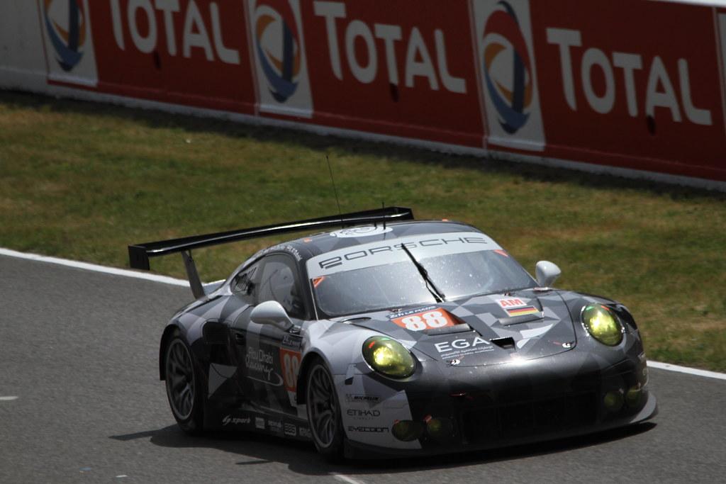 #88 Abu Dhabi-Proton Racing Porsche 911 RSR GTE AM