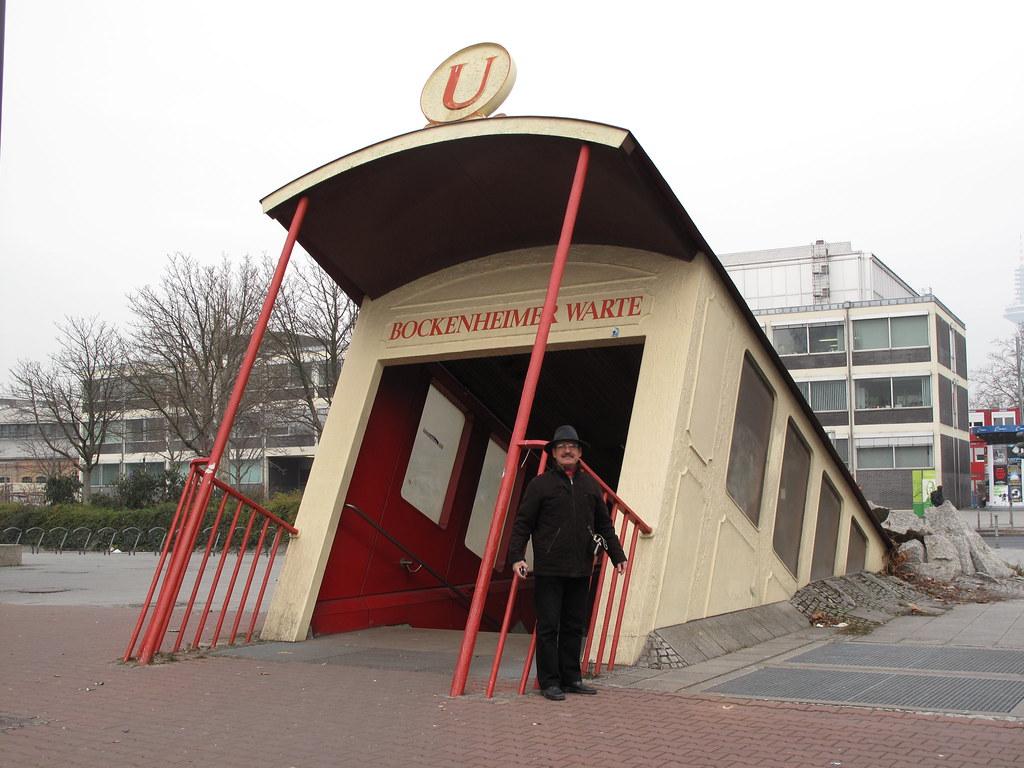 "FRANKFURT/Main - ""U"" Bockenheimer Warte"
