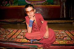 晚课上也不摘下墨镜的摩登小喇嘛(Modern Tibetan Lama,Sichuan,China) | by utpala ॐ