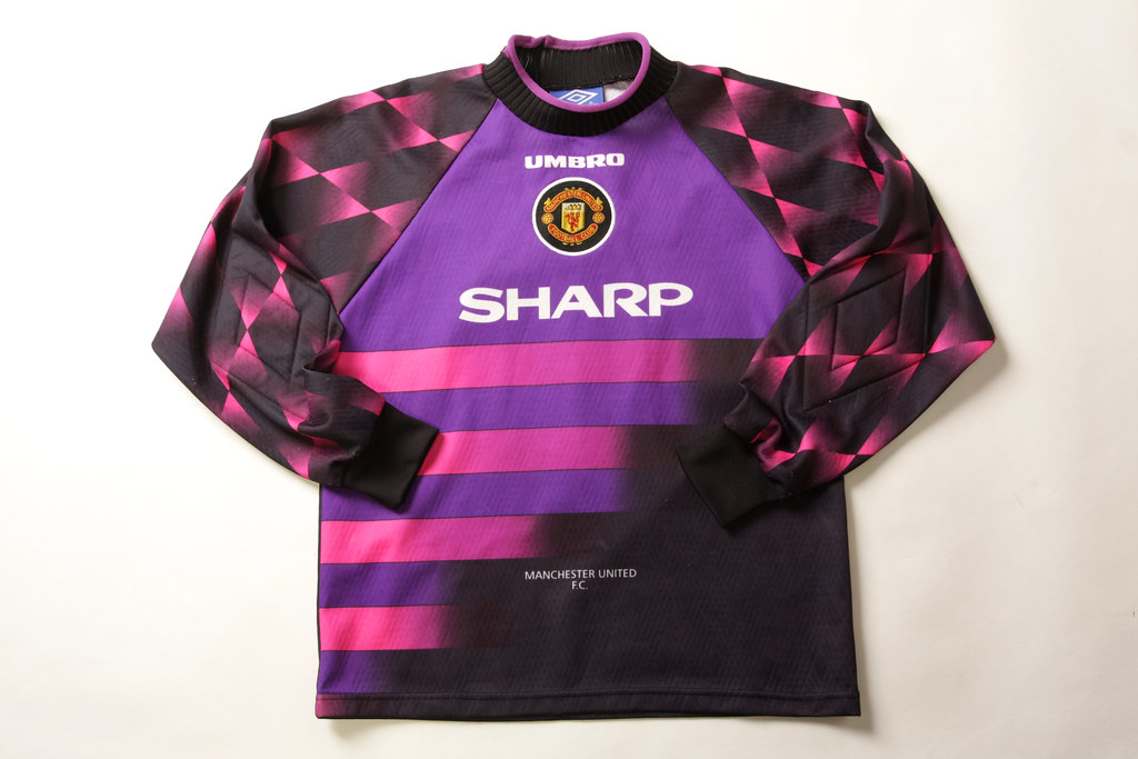 the best attitude bd5de 143f9 Manchester United Football Shirt (Goal keepers) | This Manch ...
