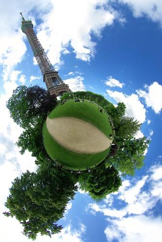 Eiffel Ball | by gadl