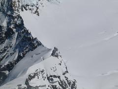 I pohled dolů stojí za to.Půl kilometru pod námi je miniatura observatoře Jungfraujoch.
