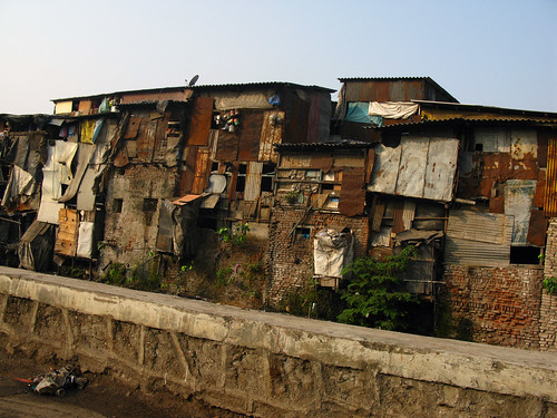 Outside of slums in Mumbai | by Jon Baldock nz