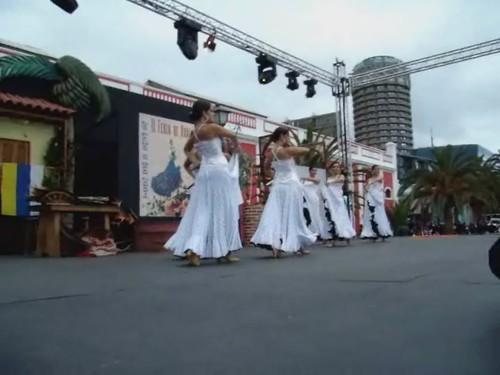 Escuela de castañuelas y sevillanas de Soraya Hernandez sevillanas la primera Feria de Abril en Las Palmas de Gran Canaria