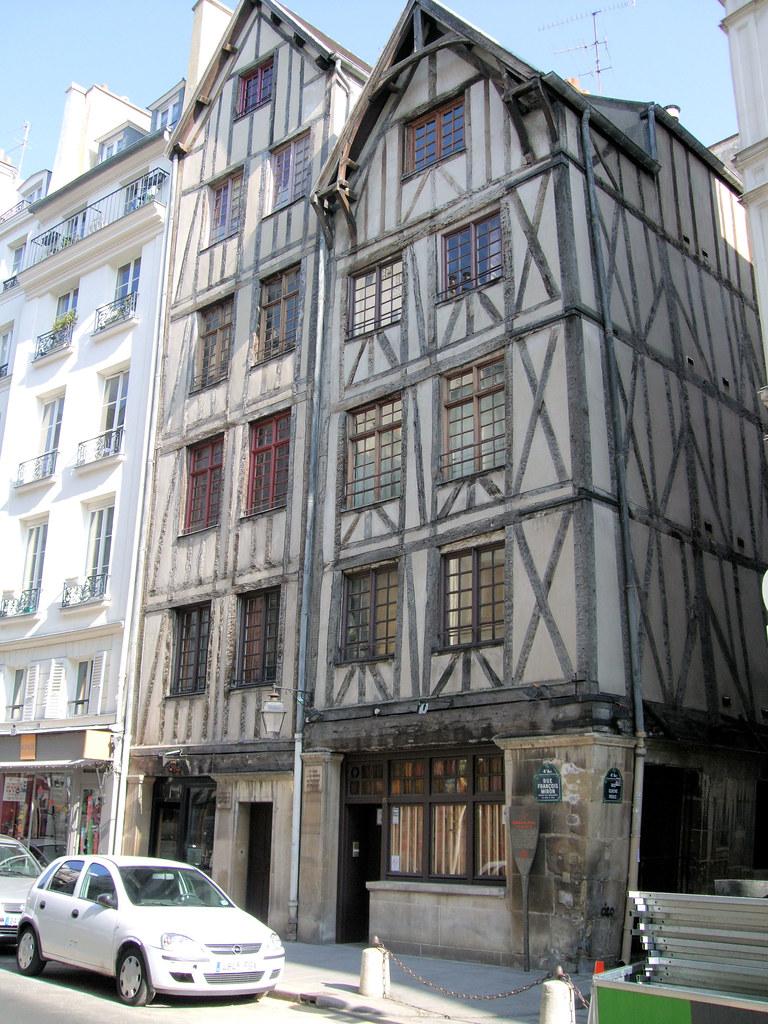 Oldest Medieval Houses In Paris  | The Rue François Miron, w
