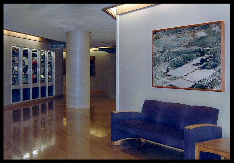 El Camino Hospital, Main Lobby, seating area