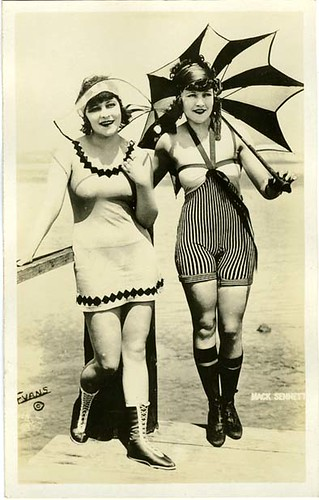 Mack Sennett girls, Phyllis Haver and Marie Prevost | by Chickeyonthego