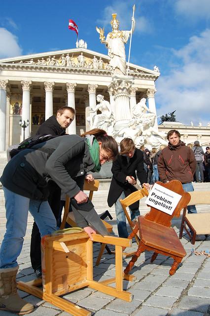 Sesselsaegen Parlament -3341