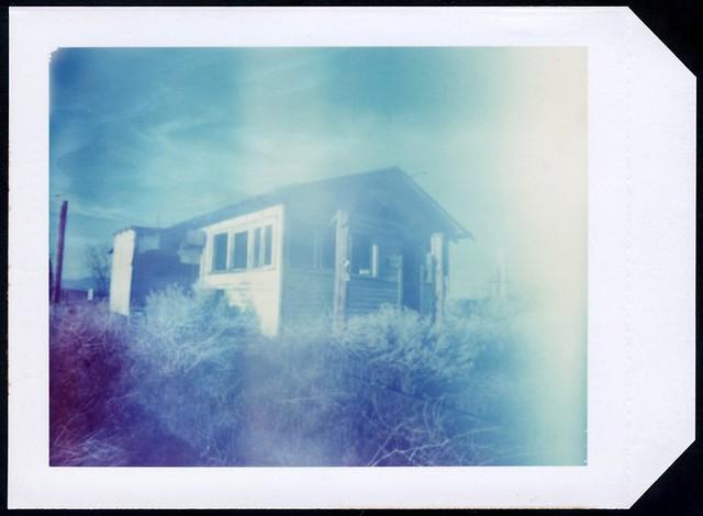 Pinhole Polaroid House   PINHOLE + POLAROID TYPE 59 4x5 FILM