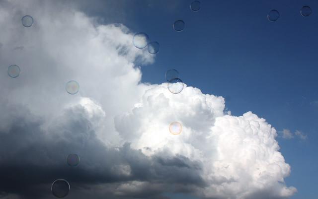 Bolle di Sapone con Nuvole