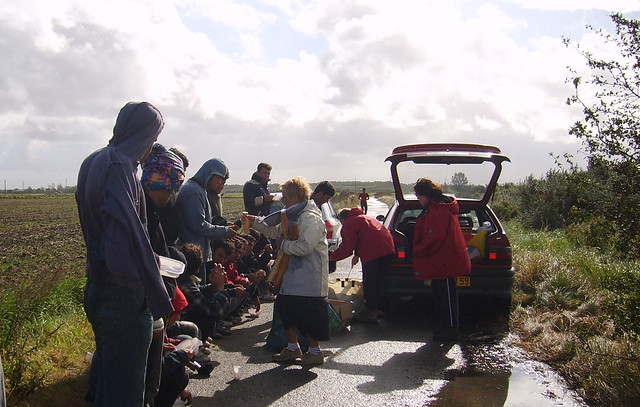 UNHCR News Story: UNHCR returns to Calais to provide migrants, refugees with information