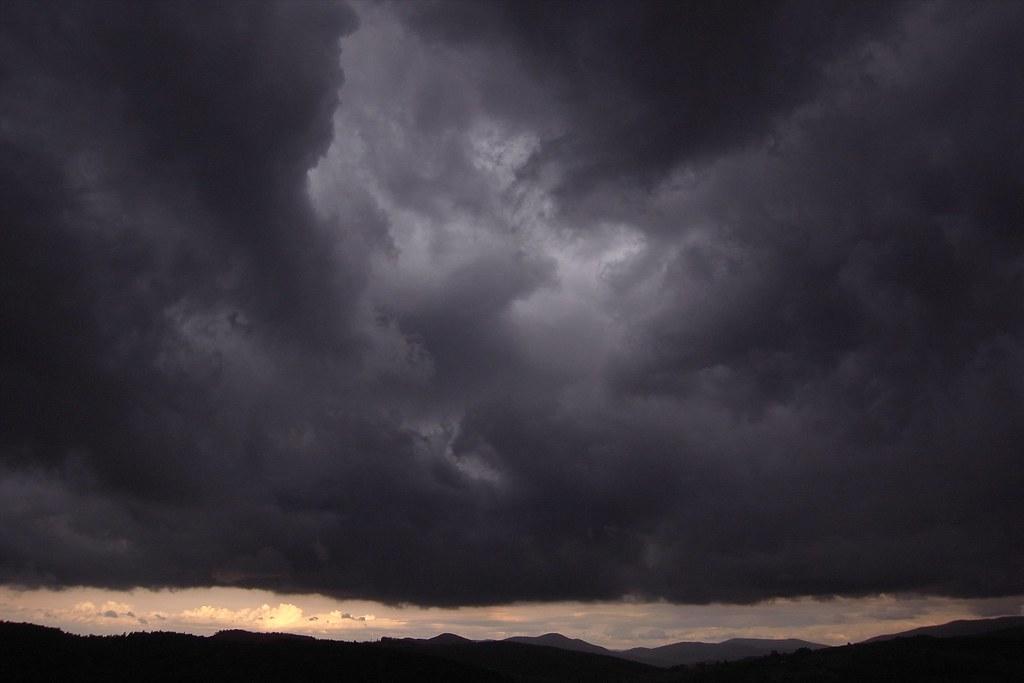 Czarne chmury / Dark clouds