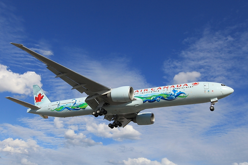 Air Canada Olympic Livery - C-FIVS Air Canada Boeing 777-333ER