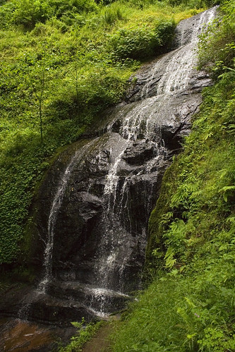 green water oregon outdoors waterfall hiking loonlake