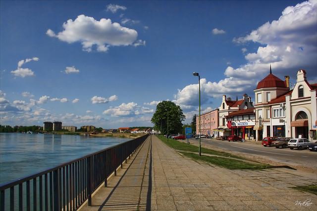 Nevena Uzurov - By the river