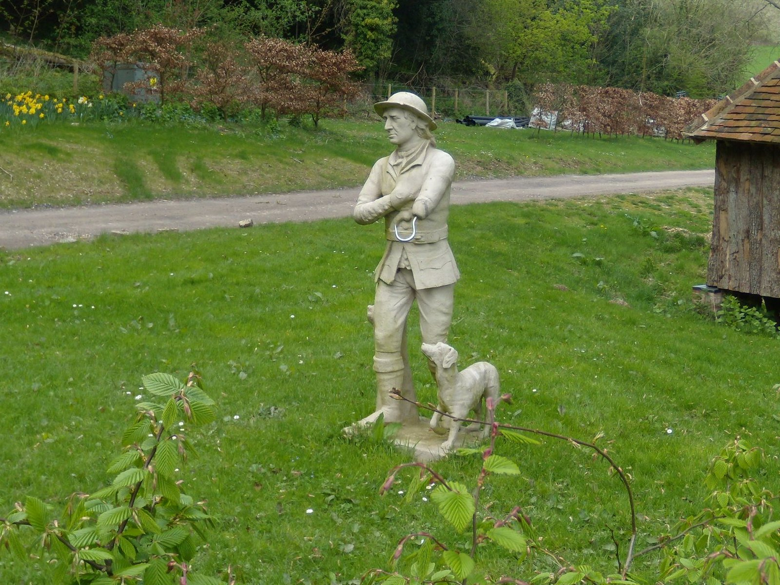 Statue, Colekitchen Farm Gomshall to Dorking