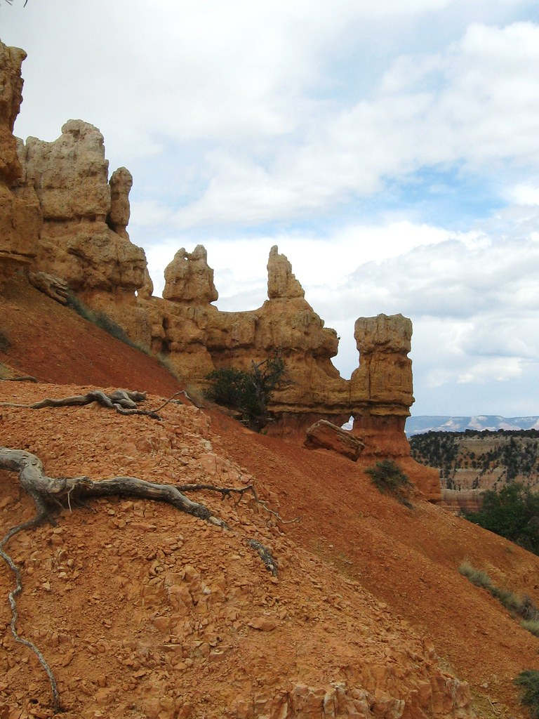 View from Rim Trail just up from our campsite at Bryce