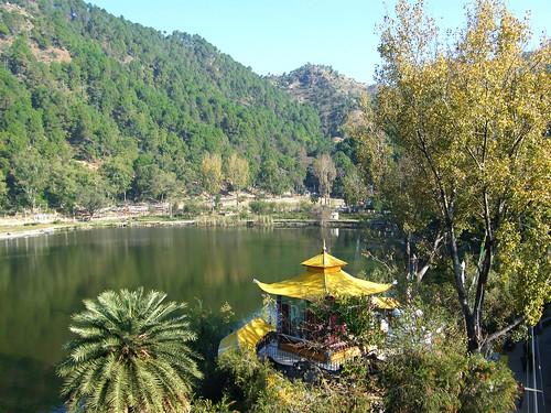 india lake mountains buddhism ilp hinduism sikhism himachalpradesh rewalsar theindiatree rawalsar