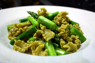 Lemon-Parsley Noodles with Asparagus | by the other tiger