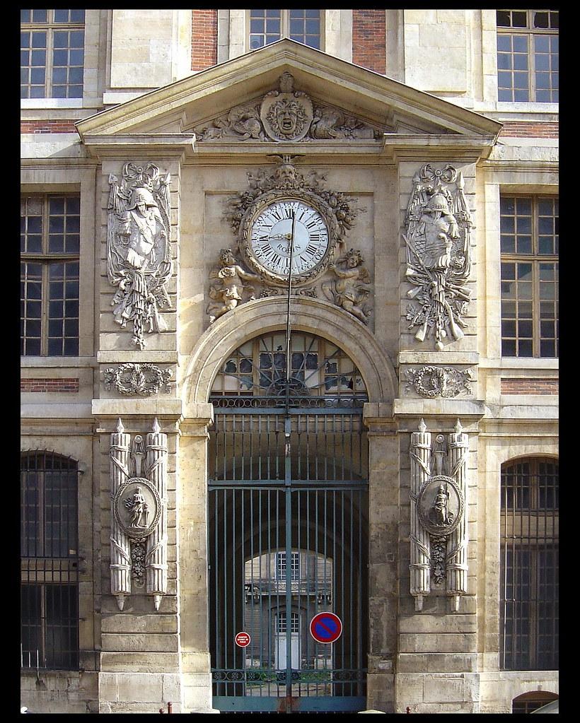 Grand commun [1682-84] - Versailles   Architecte: Jules Hard…   Flickr