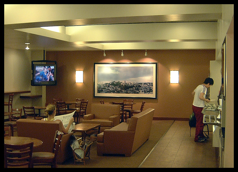 Bay Club's Court Cafe