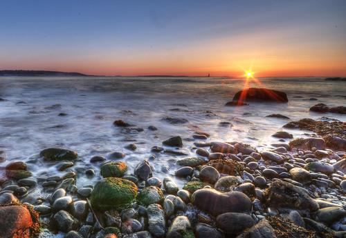 ocean longexposure sun lighthouse sunrise nikon rocks maine lensflare moe d300 sigma1020mm fortwilliams abigfave ramislandledgelighthouse moe76